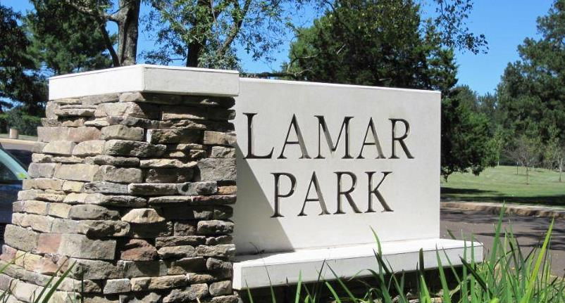 Lamar Park Sign